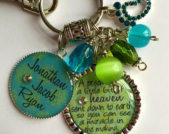 """Personalized Mother keychain gift  - """"A preemie is a little bit of heaven sent down to earth so you can see a miracle in the making"""" kids"""