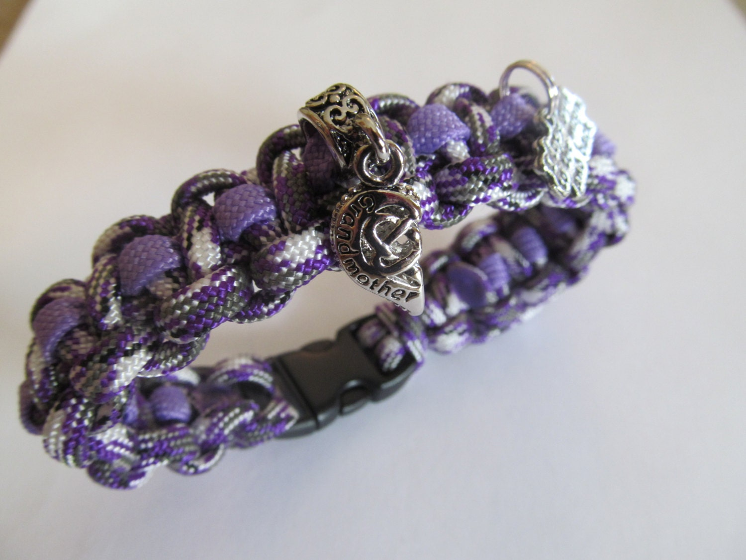 grandmother charm paracord bracelet handmade by doris2618