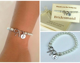 Personalized sterling silver bow bracelet with pearl beads. Bridesmaids bracelet. Bridesmaids gifts. Flower girl braqcelet.
