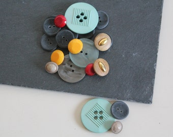 SALE 50 OFF Vintage Button Lot Sewing Supplies Plastic Buttons Wood Buttons Multicolor Button Set