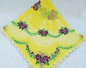 Vintage Handkerchief - Hankie, Very Good Condition, Crafting, Sewing, Framing, Great Gift Idea, Quiting  Y-39