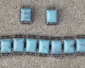 Turquoise Look-Alike Vintage Bracelet and Earrings Set