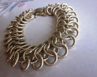 Vintage Wide Gold Swirl Chain Link Bracelet, Snap Down Closure, 1960's Bracelet, 7 1/2 Length Bracelet