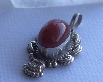 Vintage Carnelian and Silver pendant
