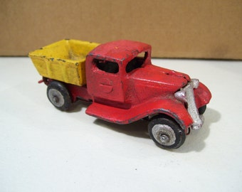 Vintage Cast Iron Dump Truck Toy
