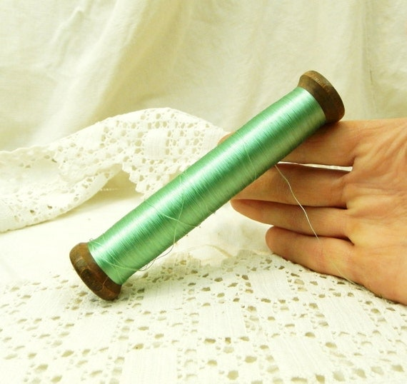 1 Antique French Wooden Reel / Spool of Mint Green Rayon Thread / French Decor / Craft Supplies / Vintage Sewing Vintage Retro Home Interior