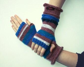 Knit fingerless gloves arm warmers fingerless mittens knit wrist warmers hand warmers striped blue white