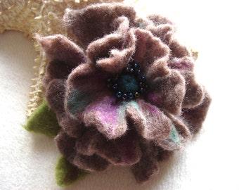 Dark Grey Felted Flower Brooch Pin,Wool Felt, Felted Wool, Flower Brooch, Flower Pin Brooch, Felt Flower Pin, Beaded Flower