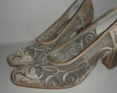 lord and taylor  lace embroidered pumps stunning  schroll detail  size 7  neutral color