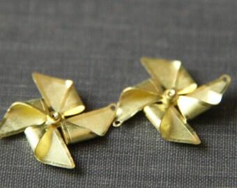6 pcs of brass paper windmill-22x22mm-raw brasss two loop