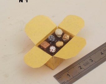 1/12th miniature chocolate Ballotin