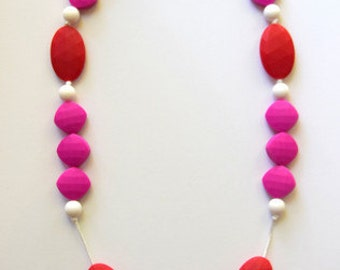 SALE DROOLERY Mia Teething Necklace