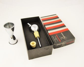 An 'Esquire' Brand Bar-Master Adjustable Automatic Pourer Plus Jigger - Original Box - Barware - Extra Rubber - Barware Liquor Bottle Pourer