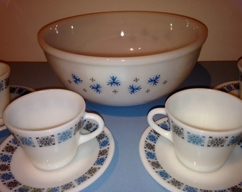 Vintage Pyrex Glass Cups and Saucers
