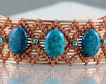 Wire Woven Copper Bracelet with turquoise beads.