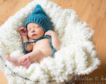 Pixie bonnet in teal for baby boy, newborn crochet bonnet, newborn photo prop
