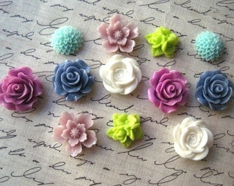 Fridge Magnet Set, 12 pc Flower Magnets, Pastel Colors, Locker Magnets, Small Gift,  Housewarming Gifts, Hostess Gifts, Wedding Favors