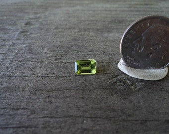 1 Peridot, faceted 5x7 octogon