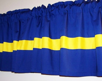 BLUE COLOR BLOCK Valance. Window Curtain, Boys Valance, baby's room, bedroom curtain, Bathroom curtain, anywhere you want. Great gift idea