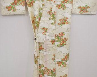 KOMON VINTAGE KIMONO- Colourful Plum Blossom F95 (52e)