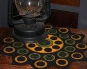 Rudbeckia Penny Rug, geometric design, Limited Edition Art, vintage decor, gift for her, primitive decor, wool applique, sunflower art