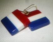 Vintage red/white/blue laminate lucite pierced earrings patriotic memorial day july 4th flag day