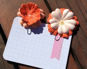 Flower Paper Clips in Coral