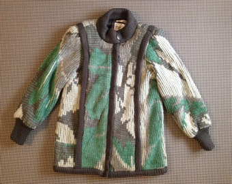 1980's, oversized sweater coat, in grey, white and art deco green, Women size Small