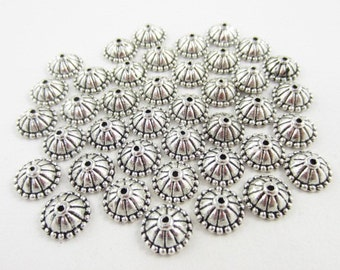 40pcs 5.5mm-Opening Round Lines Dotted Edge Silver Plated Cones (F1714)