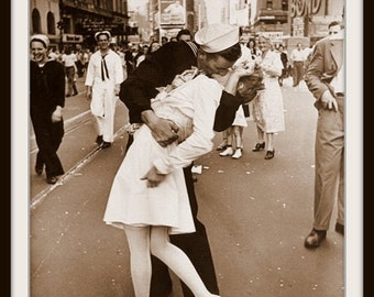 Art Print US Navy Victory Kiss 1945 Print