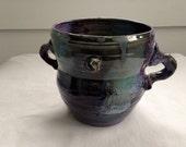 Green and violet vase