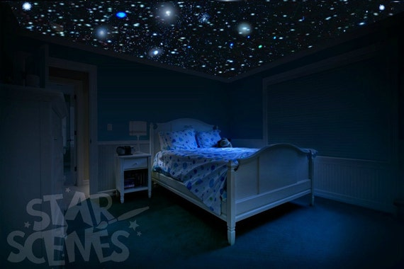 Glow in the dark stars room idea diy star ceiling by for Bedroom night light