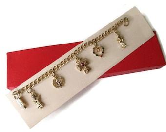 Vintage 1950s Dearest Heart Legend  Rhinestone Charm Bracelet