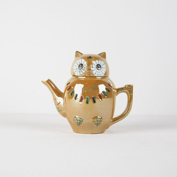 Items similar to Ceramic Owl Teapot. Vintage Hand Painted ...