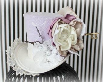 Victorian Mini Top Hat, Mini Top Hat, Mad Hatter Hat, Fascinator, Mini Hat, Top Hat, Mini Hats, Tea Party Hat, Wedding Hat, Women Top Hat