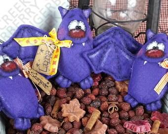 Fangtastic Bats Pattern #115 - Primtive Dolls/Tucks/Ornies Pattern