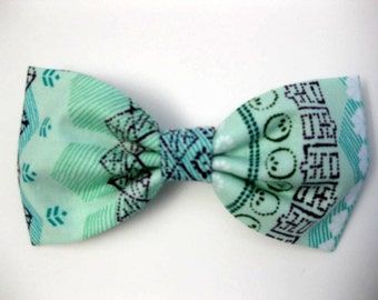 Dog Bow Tie, Tamiami Jade,  Removable and Adjustable, Bow Tie for Dogs and Weddings, Made to Order in Your Choice of Size
