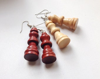 Wooden king and queen chess earrings