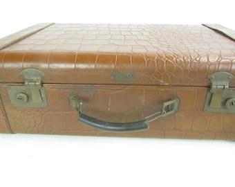 VINTAGE SUITCASE, Leather Suitcase, Crocodile Suitcase, MID Century Luggage, Travel Bag, Overnight  bag, Vagabond Suit Case