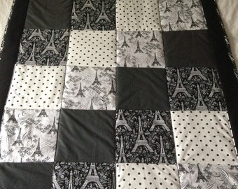 Paris quilt, Effiel tower, baby blanket, baby quilt, Michael Miller fabric