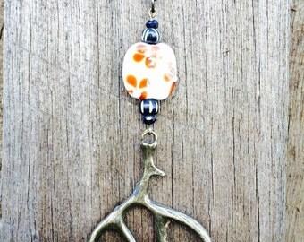 Deer Antler antique flower pendant necklace