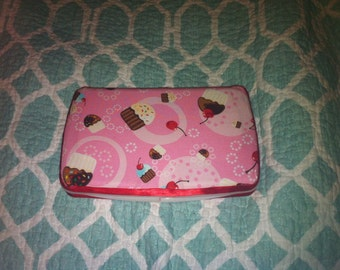 Cupcake Travel Wipe Case