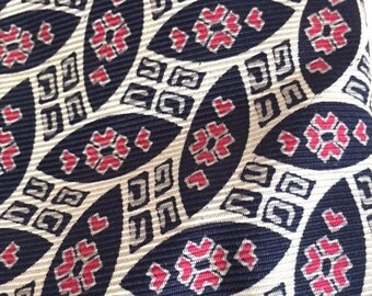 Abstract Tribal Design Silk Tie Black Red Beige 100% Silk Made in USA Art Deco, Free US Shipping