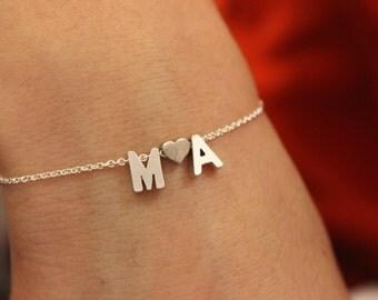 Two initial bracelet, couple bracelet, two initial bracelet, gift for mom, sister gift, wedding gift, initial bracelet, letter bracelet