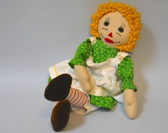 Handmade Vintage Doll - Retro 50s 60s Blonde Raggedy Ann Cotton Soft Natural Doll With Green Dress Ric Rac Apron Bloomers and Velvet Feet