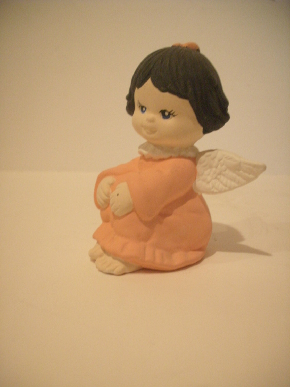 Ceramic Angel, Cherub, Christmas Angel, Sitting, wearing apricot pink