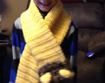 Crocheted lion scarf