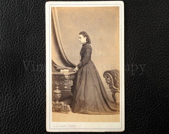 Carte de Visite CDV Photograph of a Victorian Woman with a Long Dress - J.H. Henry Hogg Kendal