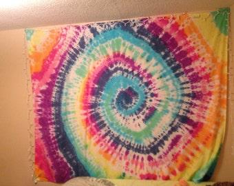 Tie Dye tapestry, single swirl, custom colors