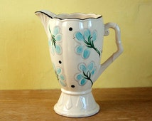Vintage 1950's Arthur Wood pottery pitcher/jug. Made in England